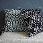 coussins-noir-blanc-imprimes-geometrique-deco