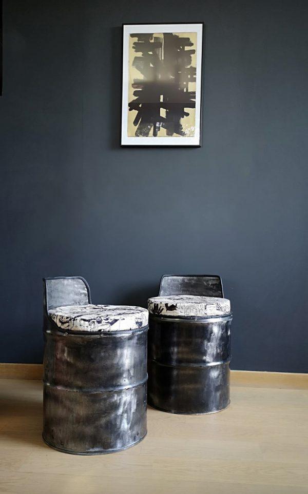 style indus-bidons-relooking-deco-street art-tabouret-siege-metal-design de recup