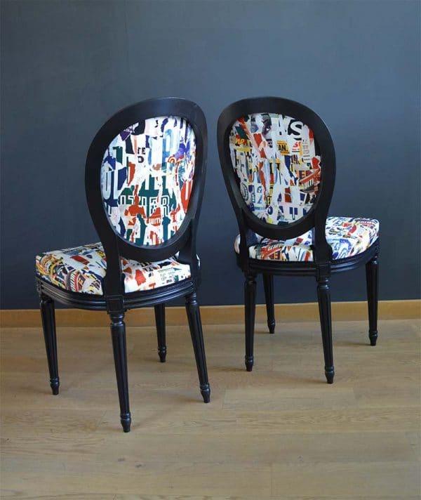 chaises-louis-16-dossiers-imprimes-journeaux-deco