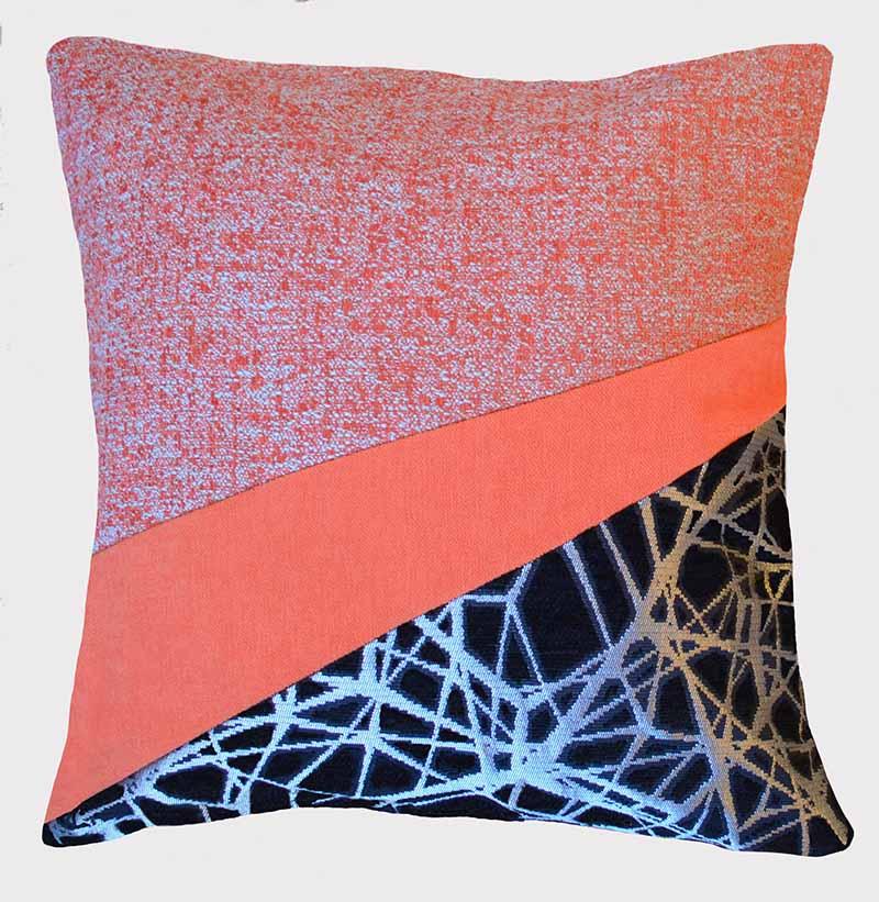 coussin-orange-argent-noir-motifs-deco
