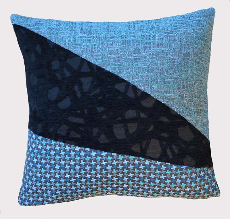 coussin-tribleu-bleu-motifs-imprime-deco