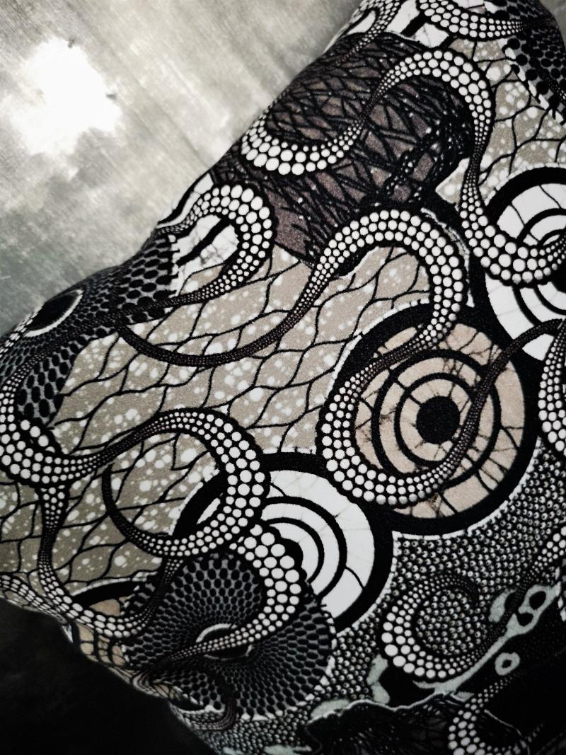 Tissu Jean Paul Gaultier coussin meltingpot graphite, tissu jean-paul gaultier