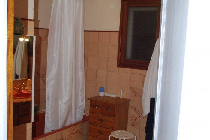 salle-de-bain-avant-projet-deco-pennes-mirabeau